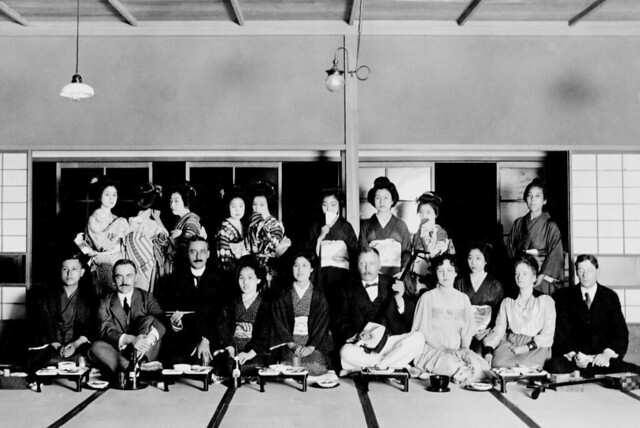 Menno & Kees Wiersum, their wives, colleagues and business partners, Yokohama, ca. 1925