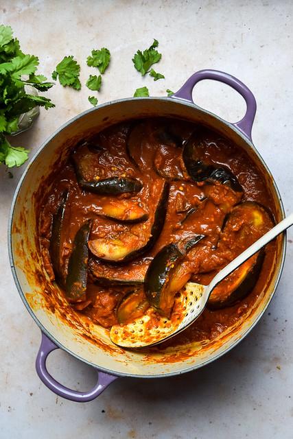 Vegan Tomato & Aubergine Curry