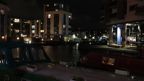 Union Canal at Night 02
