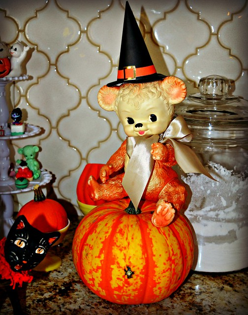 Teddy's and Pumpkins