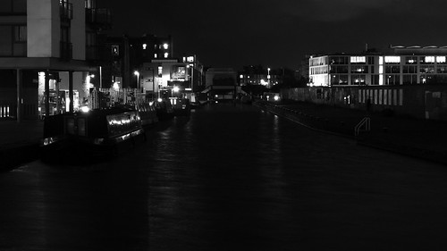 Union Canal at Night 04