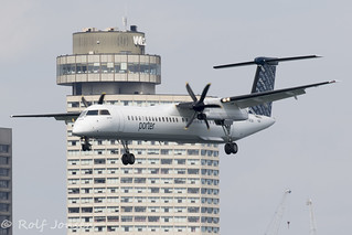 C-GKQH Bombardier Dash 8-400 Porter Airlines Toronto City Airport CYTZ 23.08-18