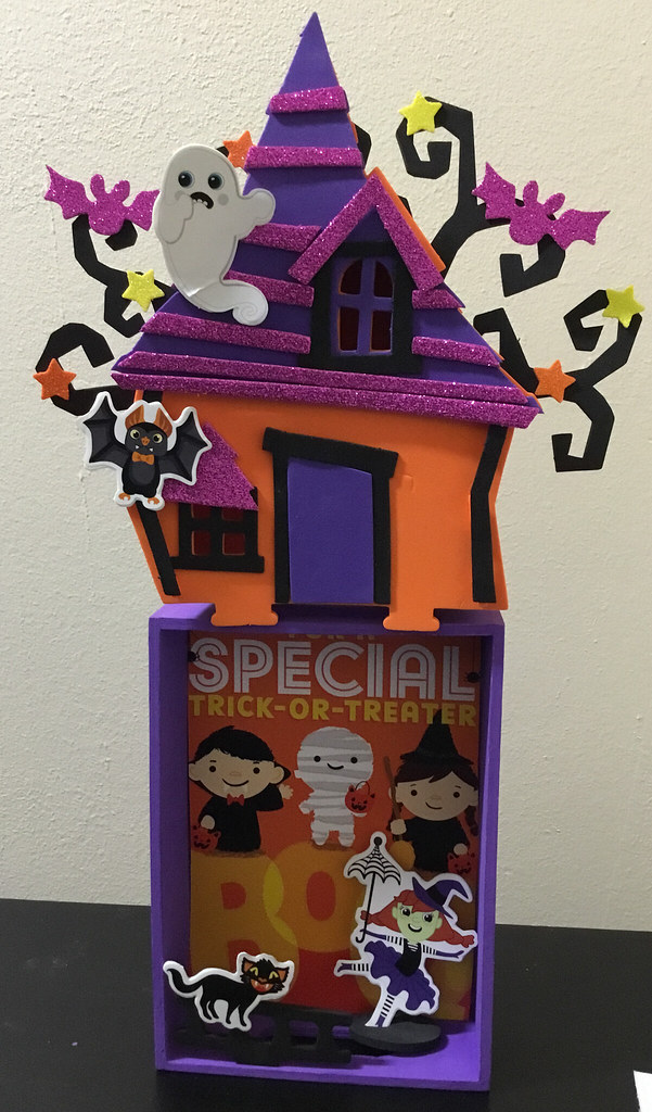 How to Make a Wooden Halloween Photo Box Frame for Kids