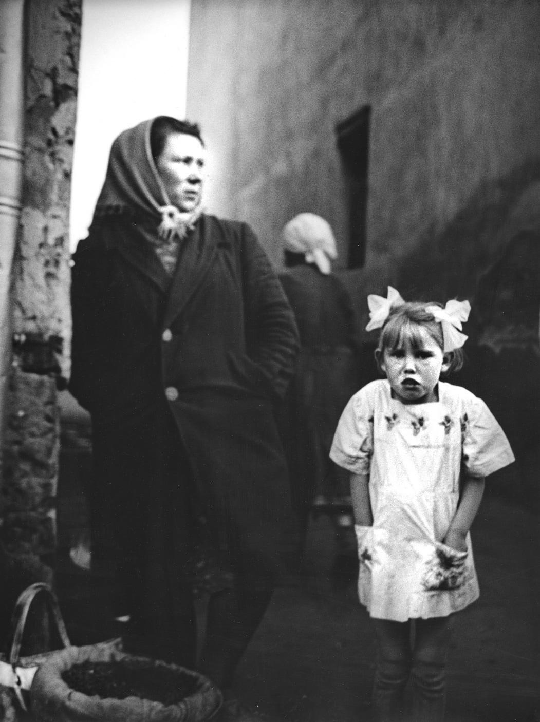 1963. Семечки, Москва. Рынок на площади Павелецкого вокзала