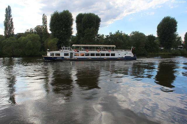 Reflets dans la Vltava