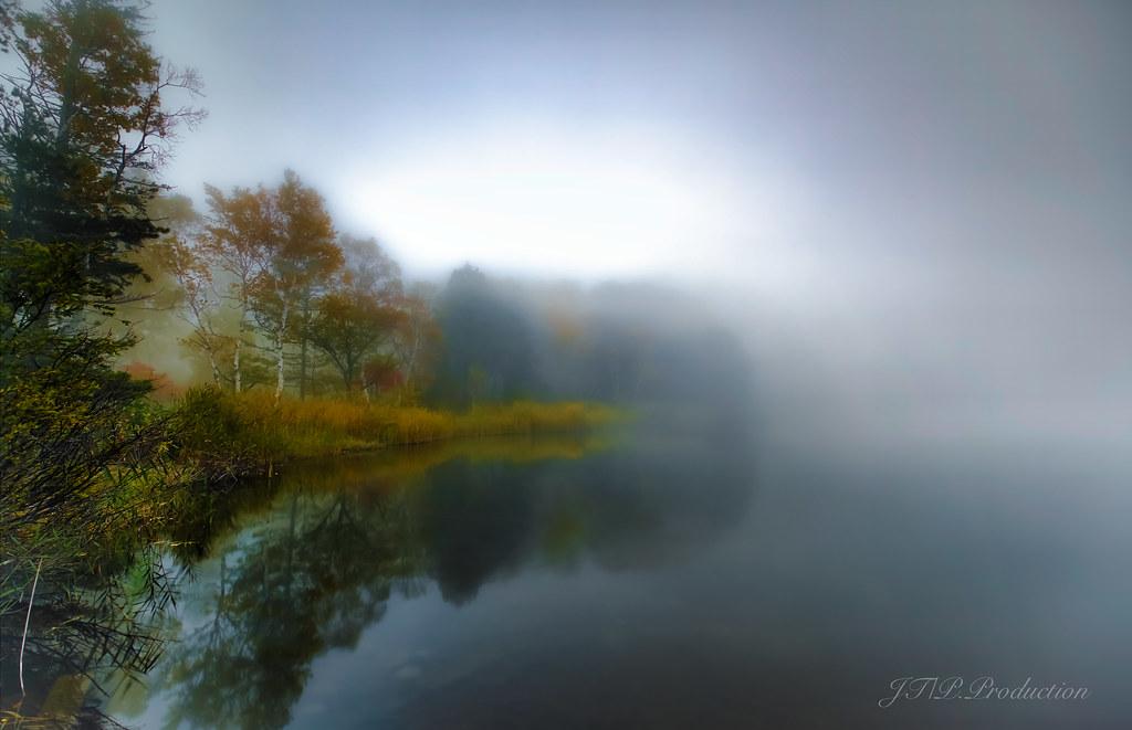 霧の木戸池