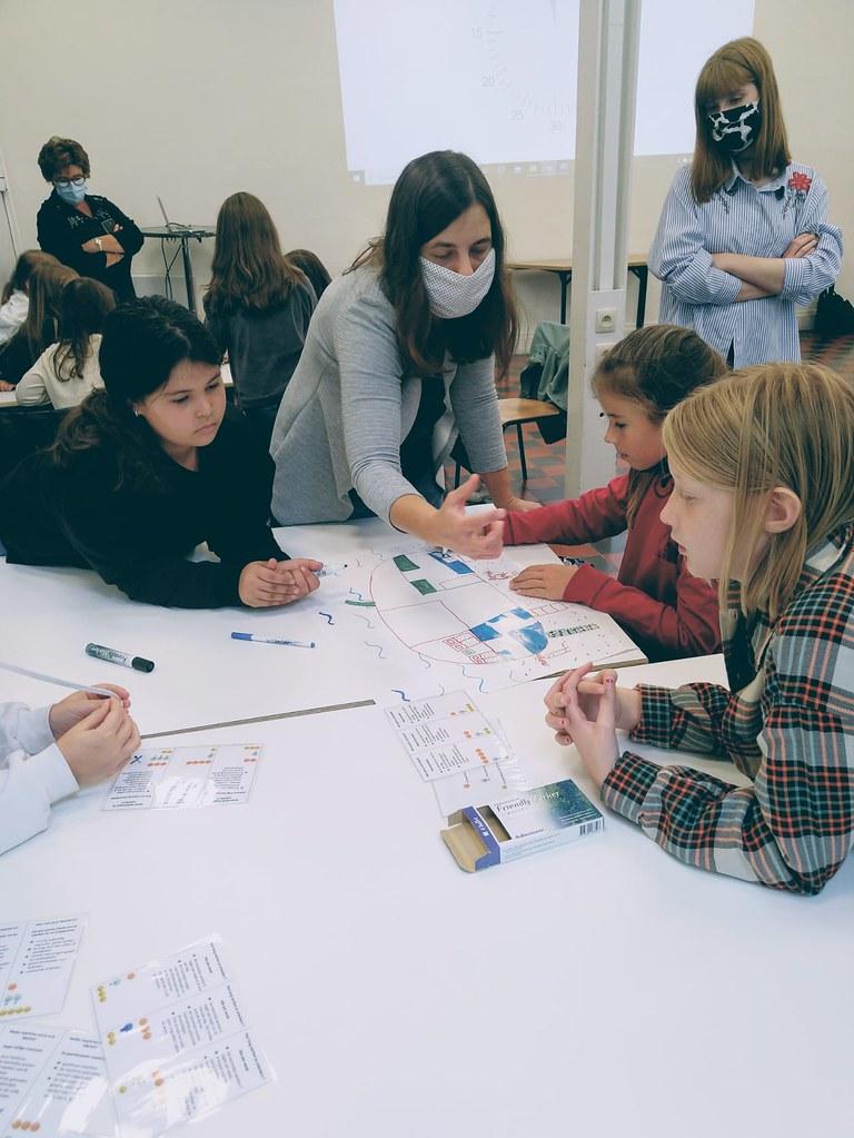 Workshop 'De eerlijke fabriek'@Vredeshuis (10)
