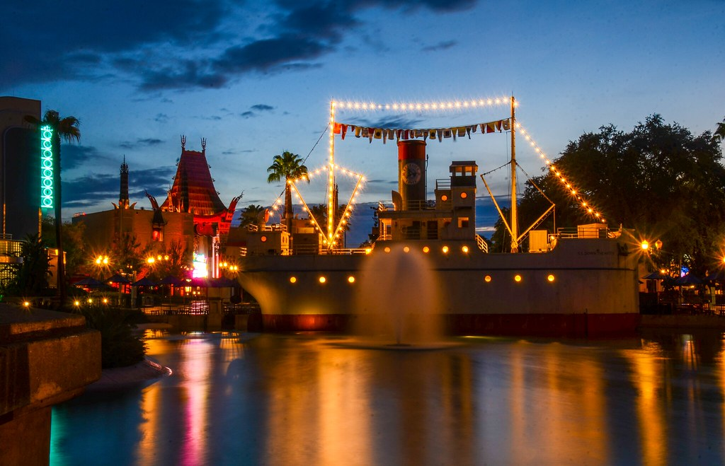 Hollywood Studios Boat