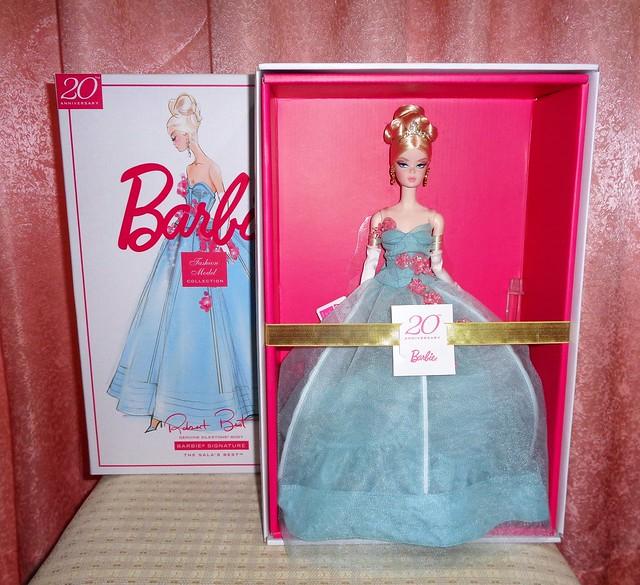 2020 The Gala's Best Barbie (1)