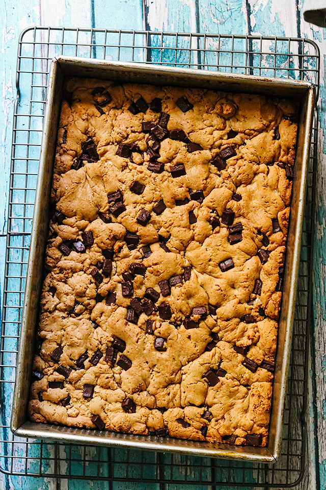 Brown Butter and Tahini Chocolate Chip Cookie Bars