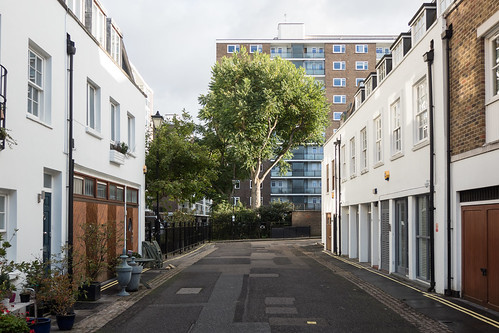 Brook Mews North | by cannam