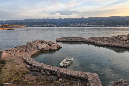 bay port boat sea seaside landscape sky reflection water stone rocks canon croatia hrvatska europe