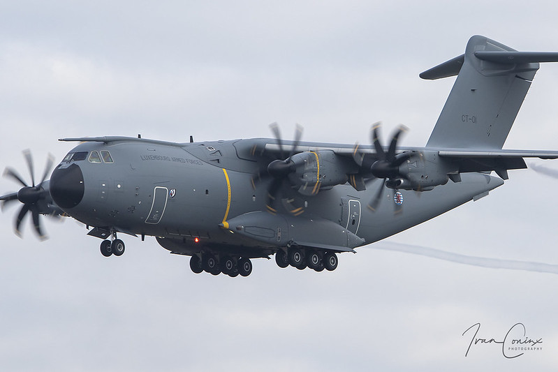 Airbus A400M Atlas – Luxembourg-Armed Forces – CT-01 – Brussels Airport (BRU EBBR) – 2020 10 09 – Landing RWY 25R – 03 – Copyright © 2020 Ivan Coninx