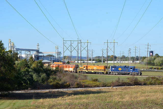 2020 10-09 1635-4 YRC GP10-1755, GP16-1606 YS-1 Switching, Thomasville, PA