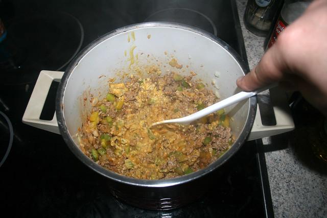 06 - Stir & braise mustard / Senf verrühren & andünsten
