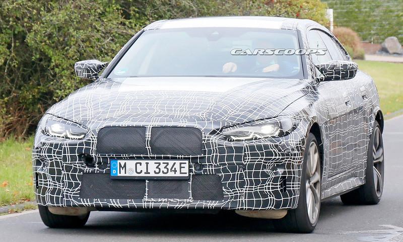 2022-BMW-i4-M-2