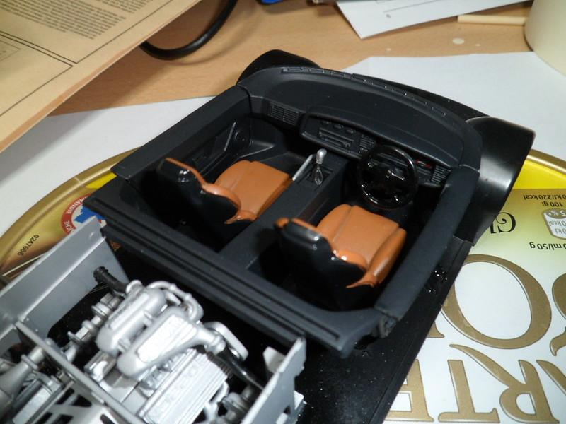 Pas-à-pas : Jaguar XJ 220 [Revell 1/24] *** Terminé en pg 5 - Page 3 50495811687_766f8941d0_c