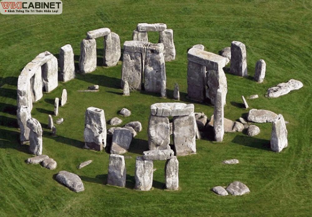 wikicabinet-anh-Stonehenge