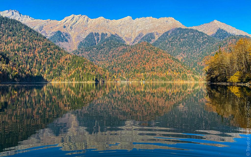 Lake-Ritsa-Abkhazia-iphone-1388