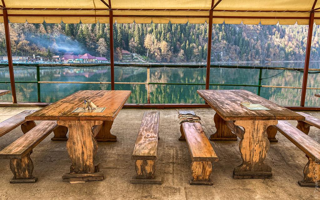 Lake-Ritsa-Abkhazia-iphone-1400