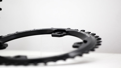 Wolf Tooth Components / Drop-Stop Chainring for Shimano GRX Crank