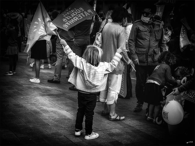 Graine de dissident... / Future oppositional spirit...