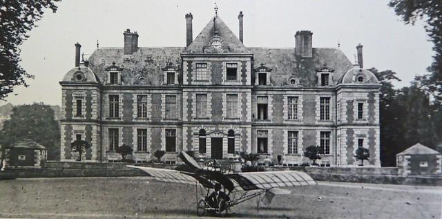 Alberto Santos-Dumont monoplan Demoiselle château de Wideville