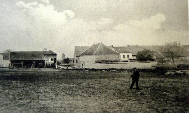 Étang asséché de Bois d'Arcy terrain de manœuvre de l'École militaire Anciens Aérodromes