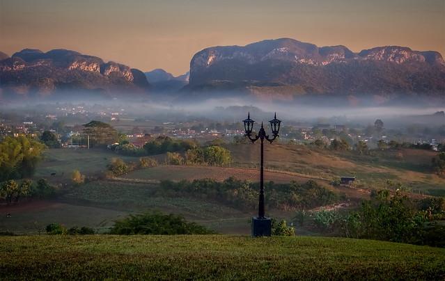 Morning Fog in Valle de Viñales (2)