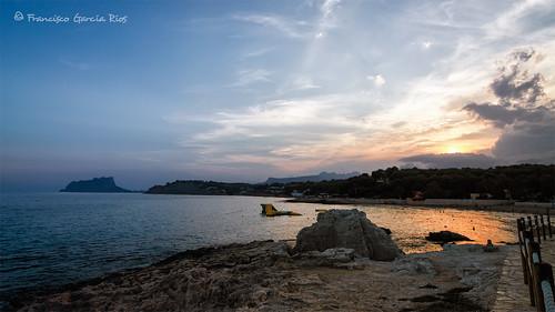 moraira teulada costablanca alicante spain landscape seascape mediterranean coastal coast sunset dusk twilight colors blue orange outdoors recesvintus