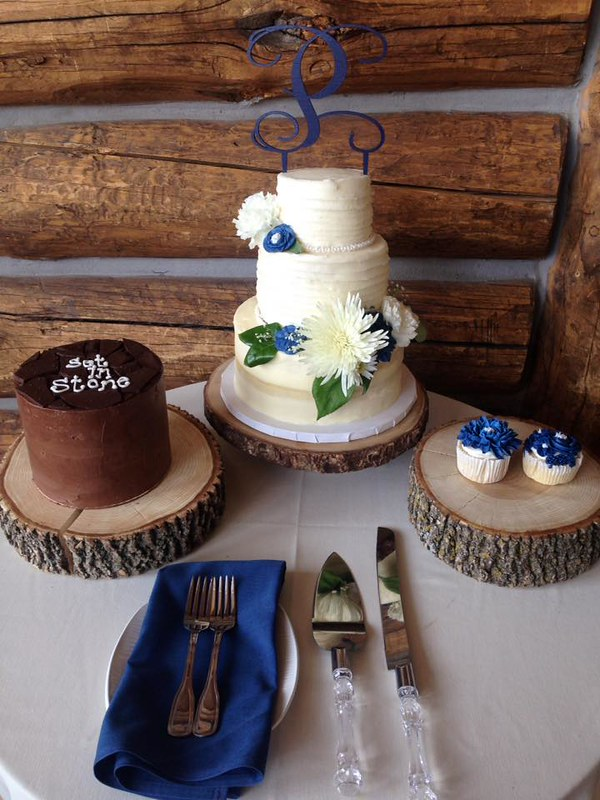 Cake by Feather Cakes