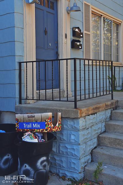 trail mix fan