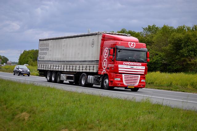 DAF XF105 Ambrosius Hoogeveen