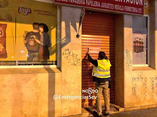 Policía Local - Bazar precintado
