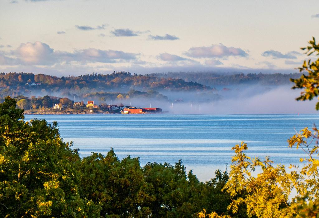 Morning fog in Höviksnäs