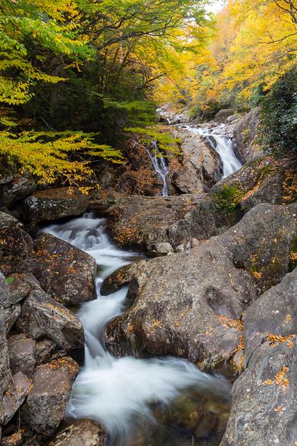 Sunburst Falls (upper)