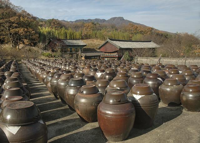 South Korea:  Onggi Urns At Tongdosa
