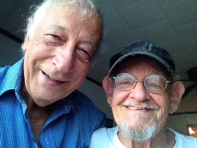 Oscar Serrano  con Ratita Viguier que cumplió hoy, 16 de octubre 2017, 89 años en Aruba