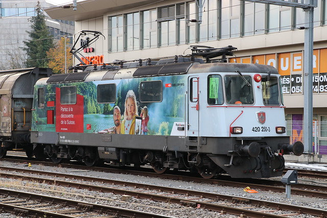 2020-10-13, CFF, Fribourg/Freiburg, Re 420 250