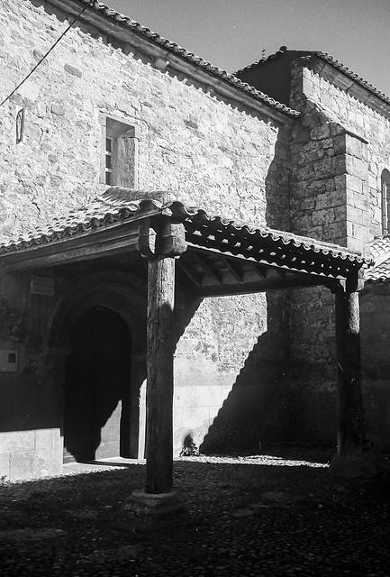 Cincovillas, iglesia de San Vicente.