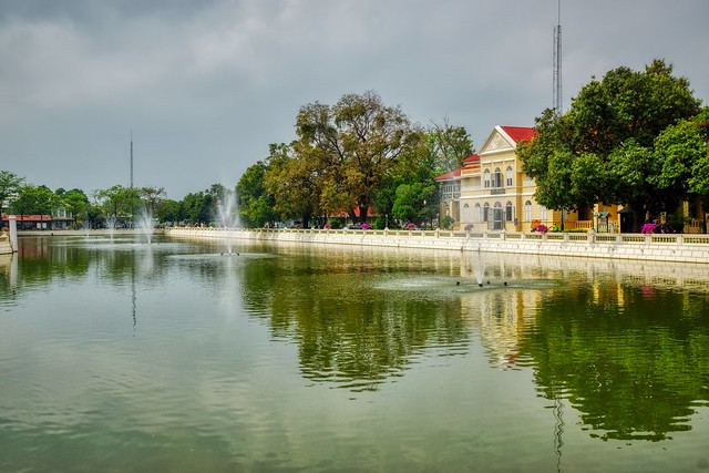 Lake with fountains on the grounds of the royal summer palace in Bang Pa-In near Ayutthaya, Thailand