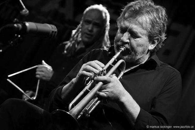 Mino Cinelu: drums, vocals, guitar / Nils Petter Molvaer: trumpet, vocals
