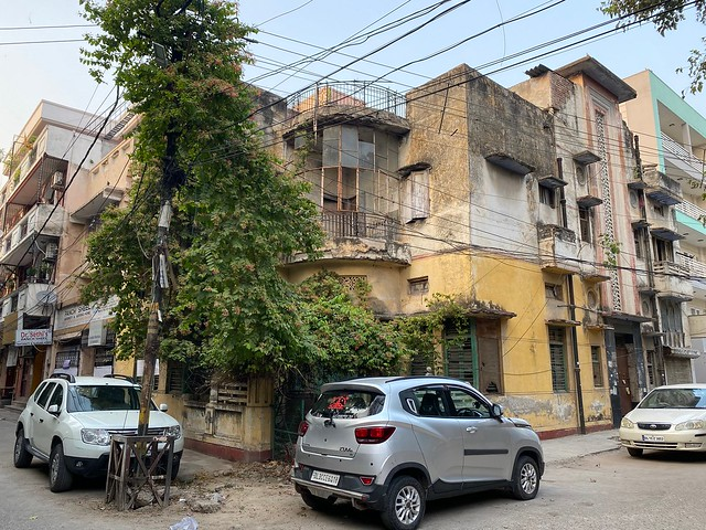 City Walk - The Circles of Shakti Nagar, North Delhi