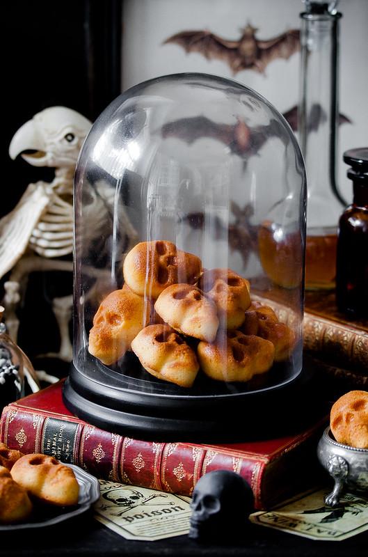 Halloween-Muffins: Smoked Whisky Skulls