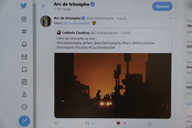 Twitt arc de triomphe 2020