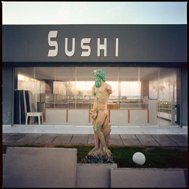 (Sushi & Neptune)
