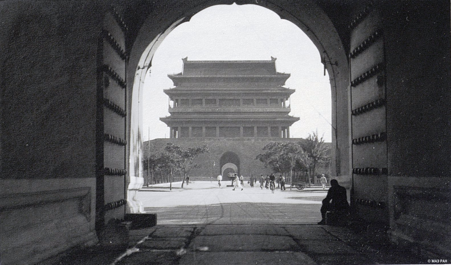 Ворота и дорога от дворцов к Храму Неба