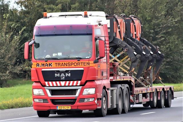 MAN TGX, from Hak transporten, Ridderkerk Holland.