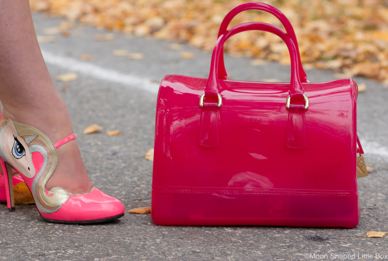 Asusteet-Furlan-laukku-ja-Minna-Parikan-kengat