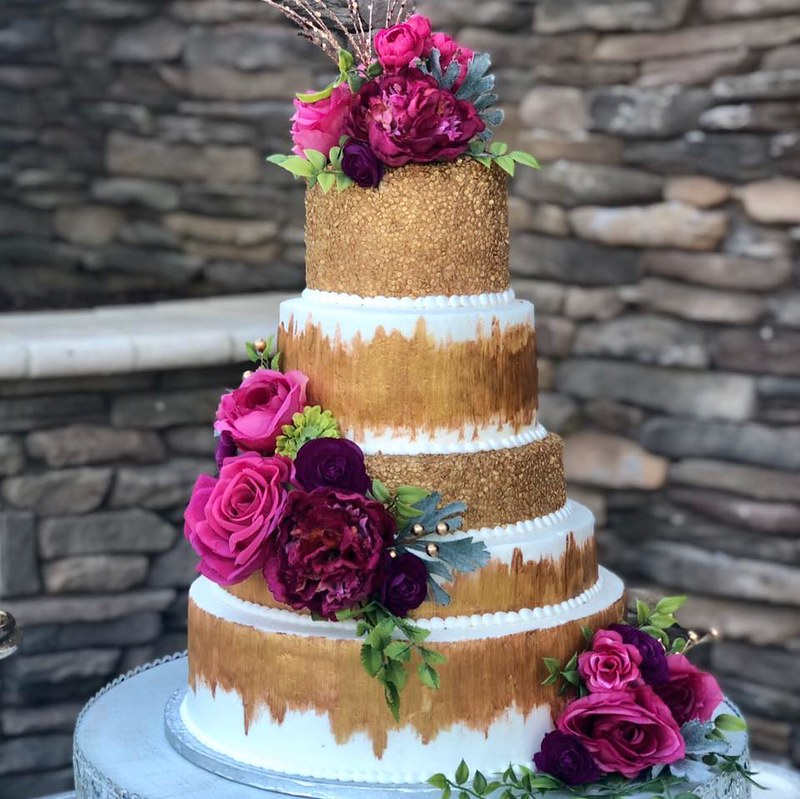 Cake by Cups -N- Cakes Bakery